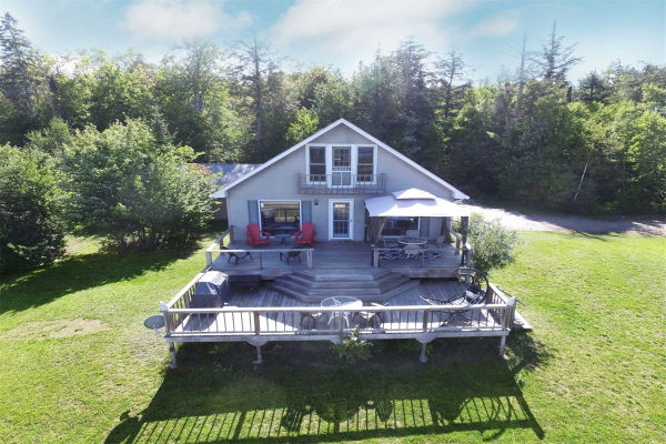 469A Almaguin Dr, McMurrich/Monteith