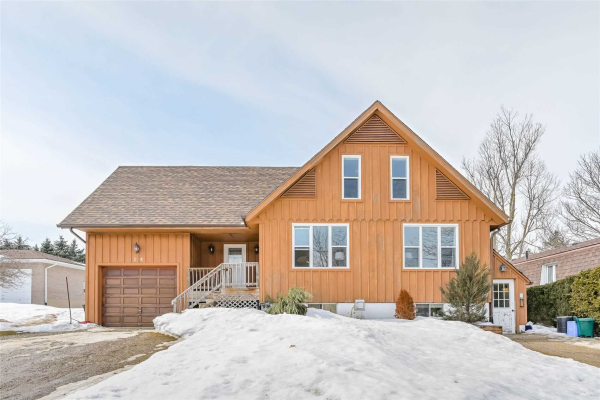 24 Leeson St N, East Luther Grand Valley