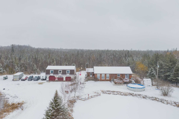 481 Cottage Rd, Kawartha Lakes