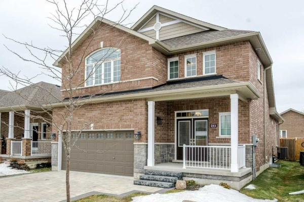 251 Chandler Cres, Peterborough