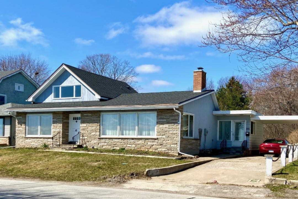 500 Lakeshore Rd, Fort Erie