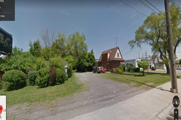 2481 Barton St E, Hamilton