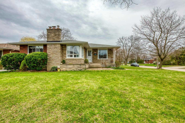 88 Masterson Dr, St. Catharines