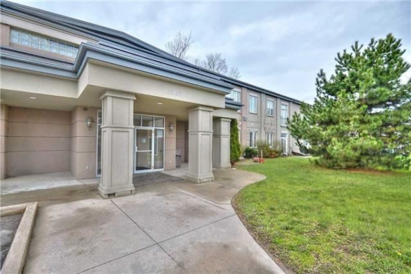 6365 Drummond Rd, Niagara Falls