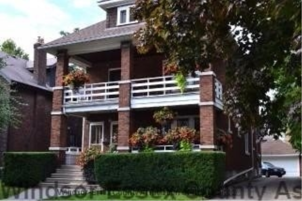 1353 Victoria Ave, Windsor