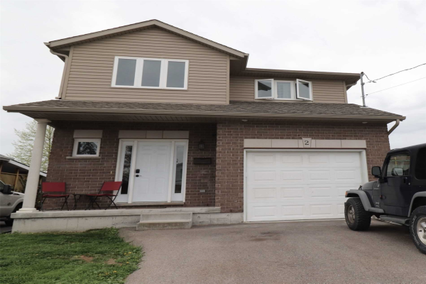 2 Burness Dr, St. Catharines