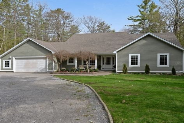 72 Sandy Point Rd, Kawartha Lakes