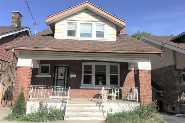 106 Rosslyn Ave S, Hamilton