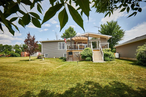470 Prinyers Cove Cres, Prince Edward County