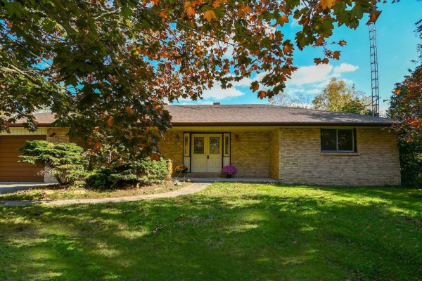 32 Aino Beach Rd, Kawartha Lakes