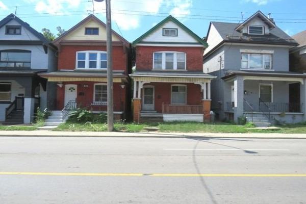 736 Cannon St E, Hamilton