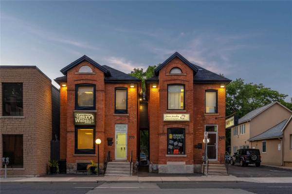 368-370 Main St W, Hamilton