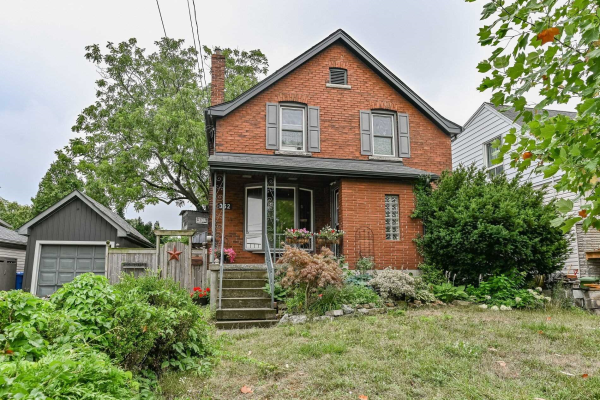 352 Inverness Ave E, Hamilton