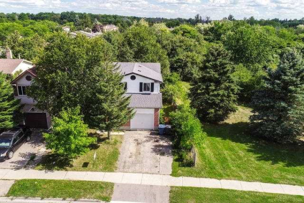 68 Ironwood Rd, Guelph