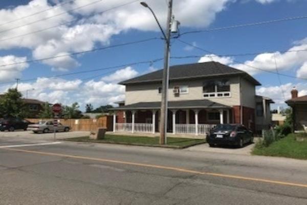 6681 Frederica St, Niagara Falls