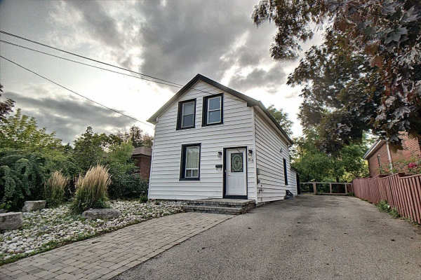 88 Hillview St, Hamilton