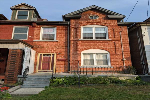 18 St. Matthews Ave, Hamilton