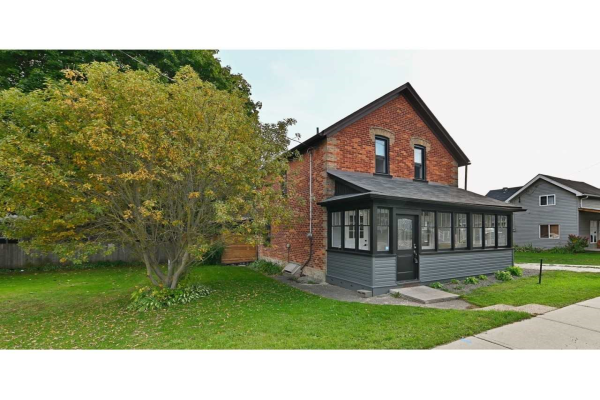 15 Mill St W, East Luther Grand Valley
