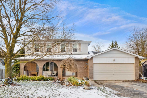 18 Spruyt Ave, East Luther Grand Valley
