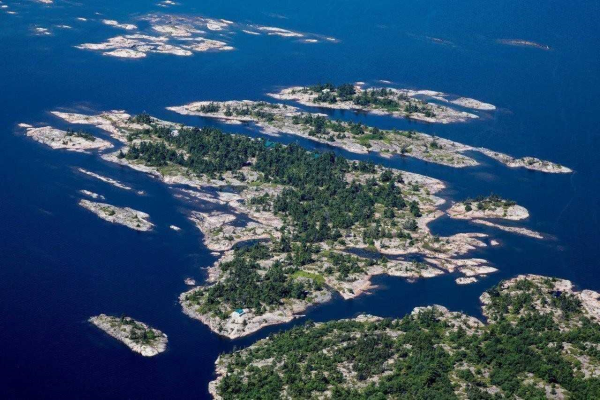 D207 Bigwood Island, Parry Sound