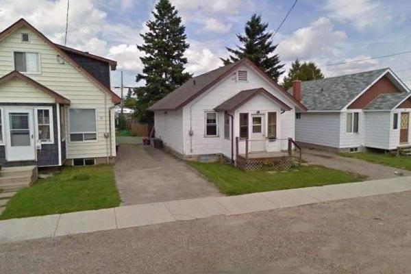 84 Cecil Ave, Timmins