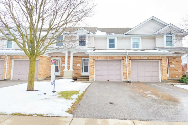 66 Rodgers Rd, Guelph
