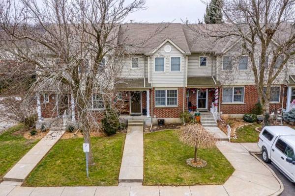$399,900 • 55 Kerman Ave, Grimsby, Niagara <br/> RE/MAX ESCARPMENT REALTY INC., BROKERAGE