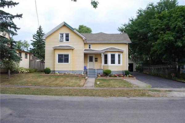 $528,777 • 36 Merritt St E, Welland, Niagara <br/> RE/MAX ESCARPMENT REALTY INC., BROKERAGE
