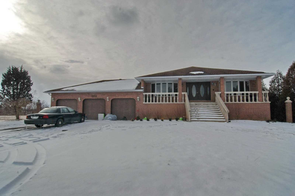 3165 Manning Rd, Windsor