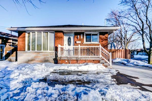 893 Upper Ottawa St, Hamilton
