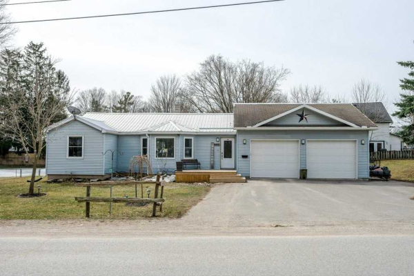 1038 Communication Rd, Smith-Ennismore-Lakefield