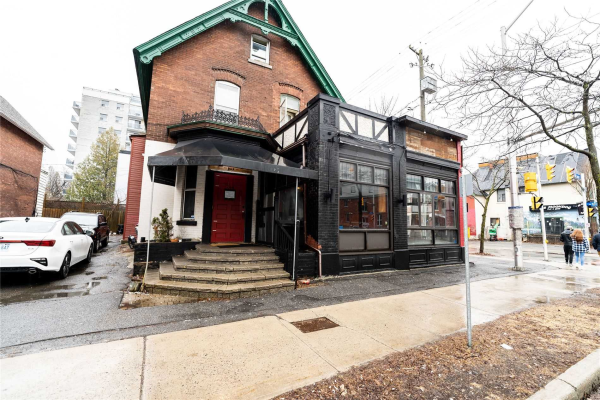244-246 Laurier Ave E, Ottawa