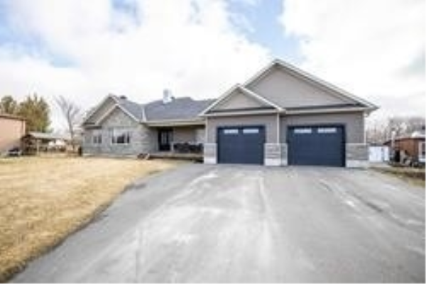71 Wakeford Rd, Kawartha Lakes