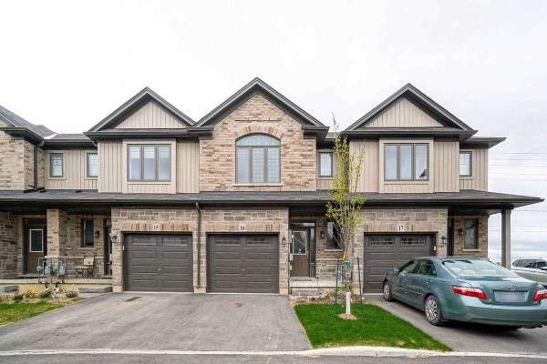 1 Tom Brown Dr, Brant