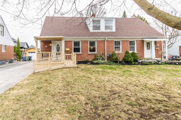 14 Winston Cres, Guelph