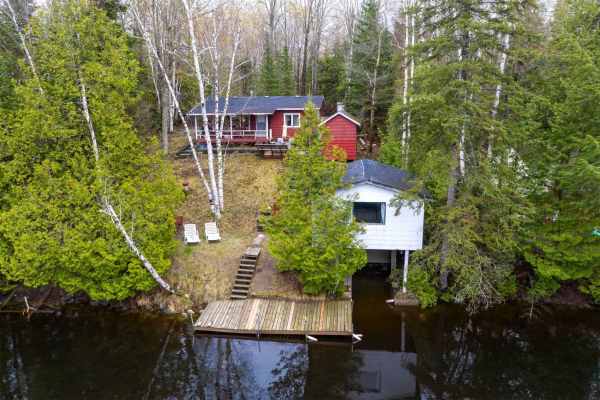 167 Fell Station Dr, Kawartha Lakes