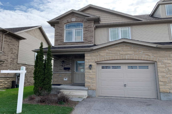 42 Waterford Dr, Guelph