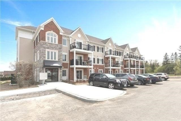 910 Wentworth Ave, Peterborough