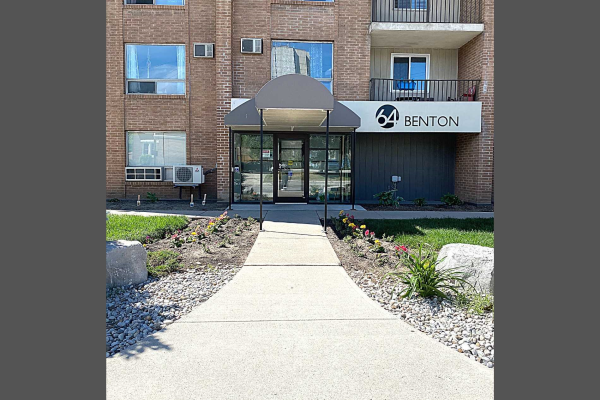 64 Benton St, Kitchener