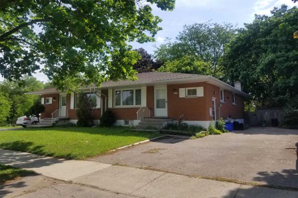 225B Cedarbrae Ave, Waterloo