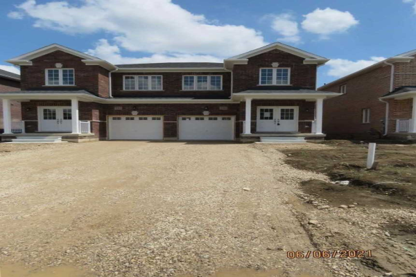 230 Ridley Cres, Southgate