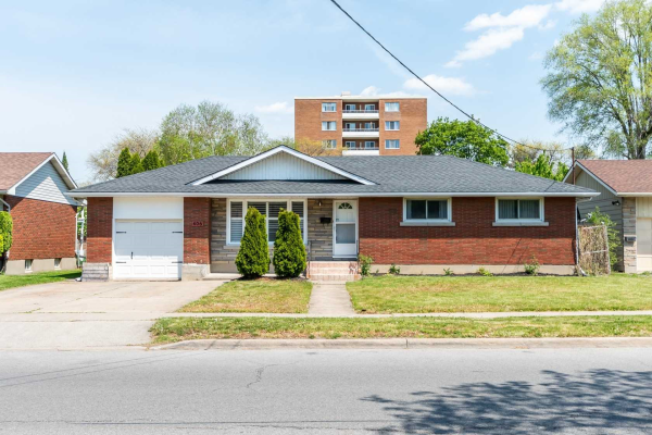 406 Bunting Rd, St. Catharines