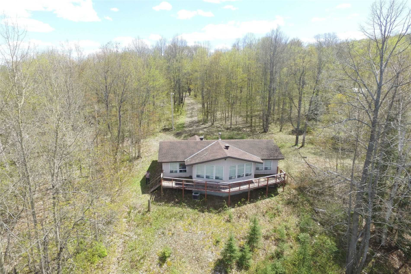 581 Limberlost Point Rd, Parry Sound Remote Area