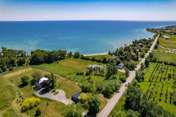 283 County Road 20 Rd, Prince Edward County