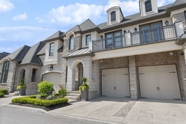 6-17 Arbour Vale Common, St. Catharines