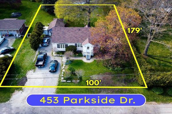 453 Parkside Dr, Hamilton