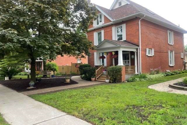317 Boswell Ave, Peterborough