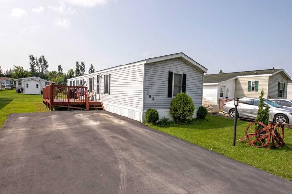 103 Maple Grove Village Rd, Southgate