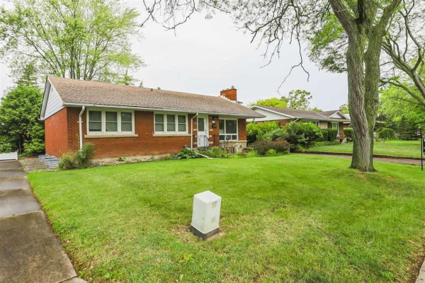 64 Masterson Dr, St. Catharines
