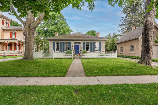 15 Oxford St, Guelph